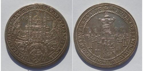 Австрия. Зальцбург. 1/2 талера 1628 года. Вес 14,25 грамма. Не имеет следов хождения.