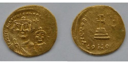 Византийская Империя, Ираклий, 610-645гг., AV солид. Вес 4,24 грамма. Диаметр 20 мм.