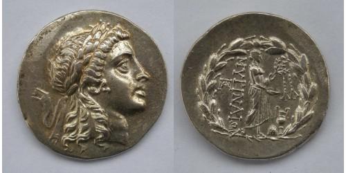 Эолида. г. Мирина, тетрадрахма-стефанофор, 155-145гг. до Р. Х. Вес 16,47 грамма. Диаметр 33 мм.
